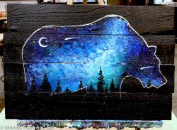 The image for Wood Pallet : Ursa The Great Sky Bear